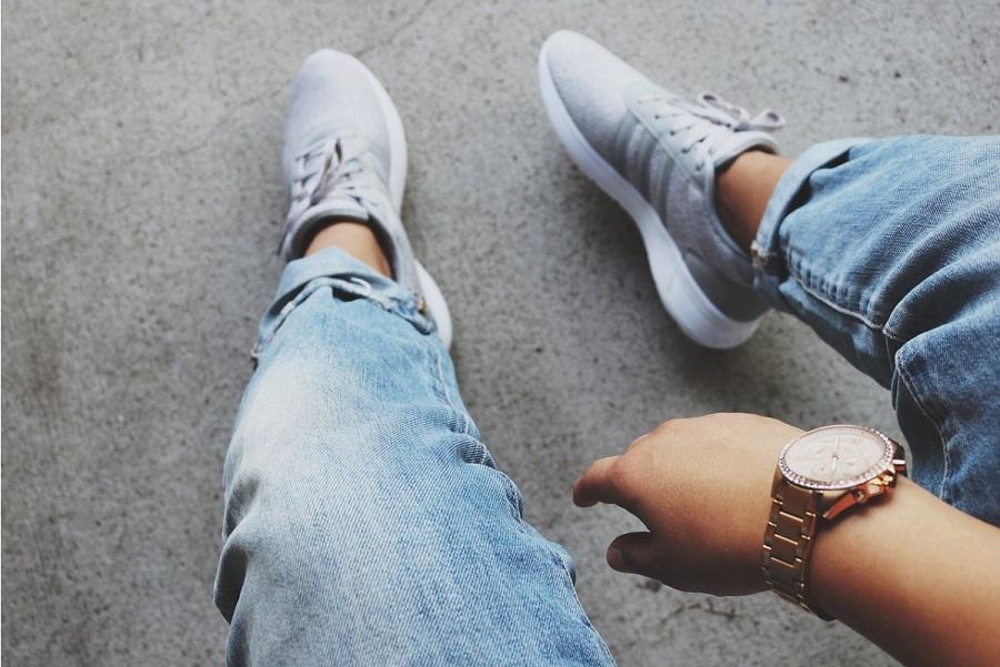 Adidas Stan Smith - kultowe trampki (fot. pexels.com)