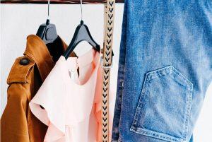 Jak łączyć ubrania? Nasze modowe triki (fot unsplash)